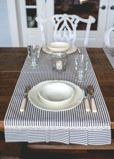 common ground : Summer Favorites: Ticking Stripes and Sunflowers - like this table runner