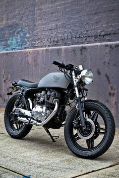 Honda CB400N Brat by Motorcycle 66