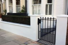 front garden wall metal rail and gate black and white mosaic tile path london Front Patio, Gates And Railings, Garden Wall, House Front, House Landscape, Victorian Front Garden, Terrace House Exterior, House Entrance, Front Door
