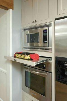 Uplifting Kitchen Remodeling Choosing Your New Kitchen Cabinets Ideas. Delightful Kitchen Remodeling Choosing Your New Kitchen Cabinets Ideas. Kitchen Redo, Kitchen Pantry, Kitchen And Bath, New Kitchen, Kitchen Storage, Kitchen Cabinets, Kitchen Appliances, Dark Cabinets, Kitchen Organization