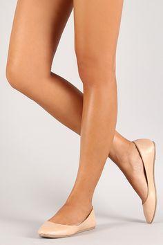spanking, fetish, captions, legs, foot fetish and strict womans Cute Pumps, Cute Flats, Ballerina Slippers, Ballerina Shoes, Sock Shoes, Flat Shoes, Flat Sandals, Women's Shoes, Dress Shoes