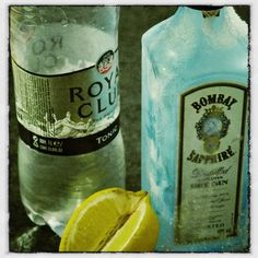 Gin-tonic: Instead of calling it ginebra y tónica, the Spanish have adopted the English name for the refreshing alcoholic beverage and just dropped the 'and' in the middle.
