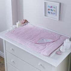 Shop the luxurious Honeycomb changing mattress edged with plush honeycomb fabric. Padded for baby's comfort and featuring a removable towelling mat for washing.