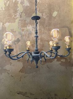 Iron lamp restored and painted in grey by #laretrovisora  Lampara de hierro…