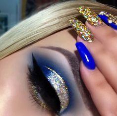 16 New Ideas Makeup Blue Eyeshadow Cut Crease Eye Makeup Tips, Makeup Goals, Skin Makeup, Makeup Inspo, Makeup Inspiration, Makeup Geek, Makeup Ideas, Linda Hallberg, Blue Makeup