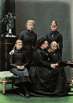 Queen Victoria with her grand-daughters Victoria, Elisabeth, Iréne and Alix of Hesse, mourning for the mother of the girls, Princess Alice, who had died several months before.(1879)