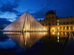 Night view of the louvre. Love this place :) such a beautiful display of culture