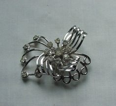 FANCY VINTAGE SILVER TONE BOW PIN WITH RHINESTONES #Unbranded