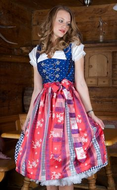 6325 NOBLE 70 DIRNDL 38 MARINE RED Edelweiss - APRON - Dirndl and costume costumes sky