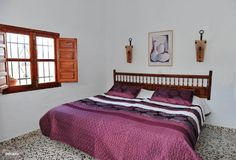Slaapkamer 2 met moderne en-suite badkamer