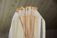 Wedding Wands - Hochzeitsstäbe mit Glöckchen in gold oder silber Wedding Wands, Ribbon Colors, Pimp, Rose Gold, Candles, Colours, Etsy, Lace, Civil Wedding