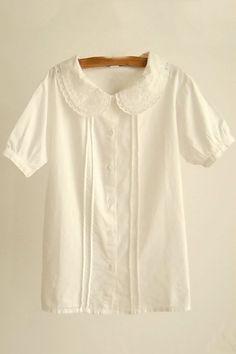 Peter pan collar shirt for Sundays Cute Blouses, Collar Shirts, Collar Blouse, Mode Vintage, Mode Inspiration, Fashion Outfits, Womens Fashion, Nail Fashion, Ideias Fashion