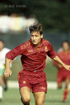 Football Stickers, Football Cards, Football Soccer, Football Players, As Roma, Totti Francesco, Best Nba Players, The Golden Boy, Football Wallpaper