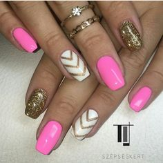 Pinknails with gold