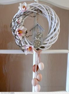 Easter is just around the corner, So what are you waiting for? These easy Easter decorations are certain to make your holiday a whole lot hoppier. Let's get crafting! Easter Wreaths, Holiday Wreaths, Holiday Crafts, Easy Diy Crafts, Diy Crafts To Sell, Crochet Decoration, Spring Crafts, Holidays And Events, Easter Crafts