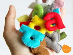DIY Tutorial: Colorful alphabets from felt | onelmon via A Nest for All Seasons