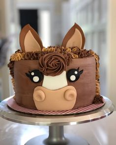animal cakes for kids & animal cakes Horse Birthday Parties, 2 Birthday Cake, Horse Birthday Cakes, Birthday Ideas, Horse Cupcake, Pony Cake, Pecan Cake, Creative Cakes, Cake Creations