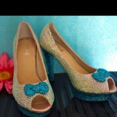 Hello Kitty Bridal shower shoes Hello Kitty Wedding 25af25ddb029d