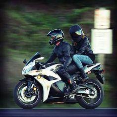 couple, motorbike, and motorcycle Bild