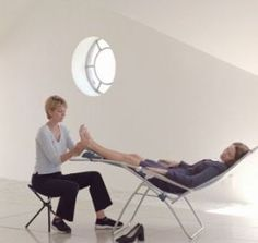 Oh yes....love being in a chair just like this when I have my Reflexology treatment with my friend Ceri once a week !