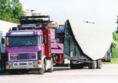 Towing Vehicle, Fair Rides, Fun Fair, Big Wheel, Generators, Classic Trucks, Caravans, Old Trucks, Senior Photos