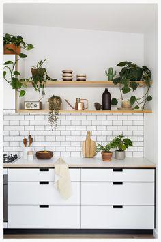 Cantilever Kitchen 3 | cantileverinteriors.com