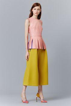 Roksanda Pre-Fall 2015 Fashion Show Love Fashion, Fashion Show, Autumn Fashion, Fashion Looks, Fashion Design, Fashion Images, Runway Fashion, Look 2015, Roksanda