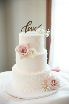 Top Wedding Cake Trends of 2020 (Clone) country chocolat mariage cake cake country cake recipes cake simple cake vintage Square Wedding Cakes, Wedding Cakes With Cupcakes, Wedding Cake Decorations, Elegant Wedding Cakes, Wedding Cakes With Flowers, Elegant Cakes, Beautiful Wedding Cakes, Wedding Cake Designs, Beautiful Cakes
