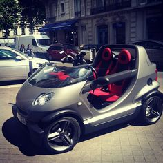 Smart car ur up Electric Car Concept, Electric Cars, Electric Tricycle, Electric Scooter, Microcar, Car Camper, Miniature Cars, Smart Fortwo, Smart Car