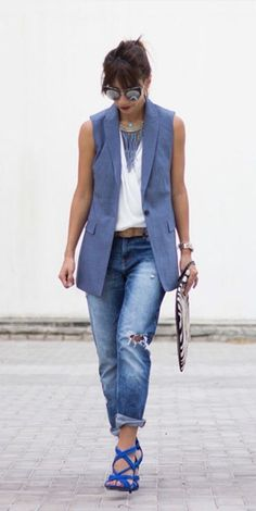 Pair our classic chambray lightweight wool vest for a polished yet cool street chic look, like @AppliqueStylist | Banana Republic