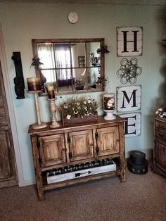Check this, you can find inspiring Photos Best Entry table ideas. of entry table Decor and Mirror ideas as for Modern, Small, Round, Wedding and Christmas. Tv Decor, Entryway Decor, Diy Home Decor, Decor Ideas, Decorating Ideas, Rustic Farmhouse Entryway, Fall Decor, Decorating An Entry Table, Entry Table Decorations