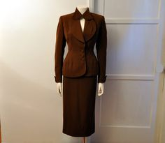 1940's Suit / Vintage 40's Suit Jacket and Wiggle Skirt Set