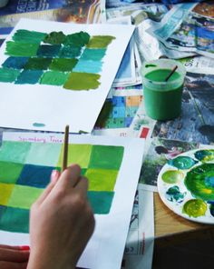 Activities: Mix Monochromatic Colors Good activity before a painting unit High School Art, Middle School Art, Color Terciario, Color Unit, Monochromatic Paintings, Classe D'art, Drawing Activities, 6th Grade Art, School Painting