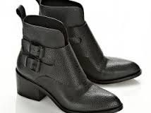 Boot details, leather, masculin