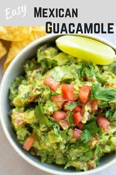 Easy homemade Mexican Guacamole recipe Ready in 10 minutes and delicious guacamole mexicanfood texmex avacodo Mexican Guacamole Recipe, Best Guacamole Recipe, Homemade Guacamole, Avocado Recipes, On The Border Guacamole Recipe, Avocado Guacamole, Chunky Guacamole Recipe, Authentic Guacamole Recipe, Healthy Recipes