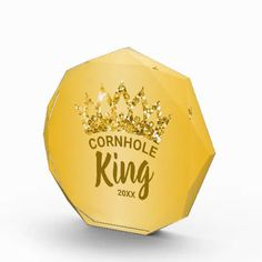 Congratulate the Cornhole King with this fun custom award featuring a gold glitter crown. Personalize it with your own phrase and date. Feel free to contact me if you need help or a custom order.