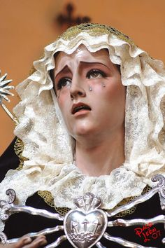 """Suffering Mary.  Ortho-Cuban states: """"Spanish and Latin American holy images show the saints before they die in the midst of their suffering. Our saints have tears on their faces and blood streaming down their bodies. They are twisted; they are painful; they are sometimes nausea inducing."""""""