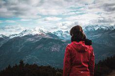 In diesem Blogpost erzähle ich euch von meiner Wanderung auf den Simmering (Tirol). Gerade im Herbst, wenn der erste Schnee bereits die höchsten Gipfel bedeckt, ist diese Wanderung ideal. Mount Everest, Mountains, Nature, Blog, Travel, Air Fresh, Snow, Hiking, Naturaleza
