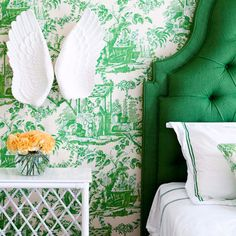 tufted emerald headboard, and toile wallpaper.  #pantone #emerald #green #2013