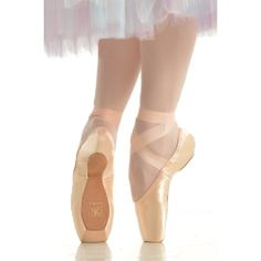 749ca7499 Pointe shoes perform a remarkable job — enduring tremendous forces and  repeated strains