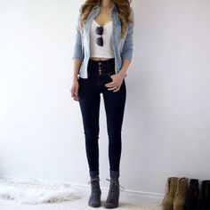 Nowadays, the new trend is to wear high-waisted jeans, but not everyone look amazing with these type of jeans. The question remains, though, what do you wear with these high and mighty jeans to look a Casual Fall Outfits, Teen Fashion Outfits, Outfits For Teens, Look Fashion, Summer Outfits, Girl Outfits, Womens Fashion, Tween Fashion, Jean Outfits