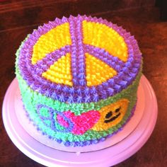 The peace sign birthday cake I made for my 9 year old niece. 9th Birthday Cake, Birthday Cake Pictures, Birthday Cakes For Men, Birthday Ideas, Birthday Parties, Happy Birthday, Peace Sign Cakes, Peace Cake, Cupcakes