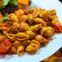 Cheeseburger Macaroni Casserole at laurenslatest.com