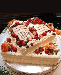 Pretty Cakes, Beautiful Cakes, Amazing Cakes, Cupcakes, Cupcake Cakes, Pastel Rectangular, Japanese Cake, Cake Shapes, Gateaux Cake