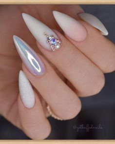 """uw succes is onze beloning"" Ugly Duckling Nails Inc. - ""uw succes is onze beloning"" Ugly Duckling Nails Inc. Nail Swag, Nails Inc, Cute Nails, Pretty Nails, White Stiletto Nails, Stiletto Nail Designs, Nails Design With Rhinestones, Best Acrylic Nails, Acrylic Art"