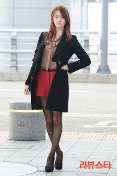 #Yoona #윤아 #ユナ #SNSD #少女時代 #소녀시대 #GirlsGeneration 121031 HK Vivienne Westwood Show