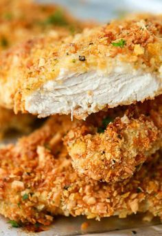 Itt a szu­per­pa­nír, ami nem hiz­lal! Is­teni rop­pa­nós lett a rán­tott hús Baked Parmesan Crusted Chicken, Chicken Parmesan Recipes, Baked Chicken With Panko, Parmesean Chicken Bake, Fried Chicken Breast, Chicken Breasts, Oven Chicken, Cooking Recipes, Tofu Recipes