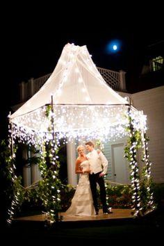 Google Image Result for http://bridalbliss.com/blog/wp-content/uploads/2011/09/Alix-David3-400x601.jpg