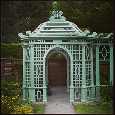 Old Westbury Gardens pergola Garden Architecture, Garden Buildings, Garden Structures, Deck With Pergola, Backyard Pergola, Pergola Kits, Outdoor Rooms, Outdoor Gardens, Porches