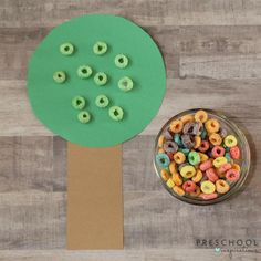 This preschool apple activity is a fun, hands-on way for children to practice identifying and sorting different colored apples. Preschool Apple Activities, Preschool Lesson Plans, Toddler Learning Activities, Sorting Activities, Preschool Themes, Fun Activities For Kids, Kids Fun, September Preschool, September Activities
